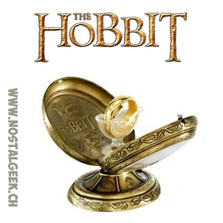 The Hobbit The One Ring Gold Replica Ring in Display Case