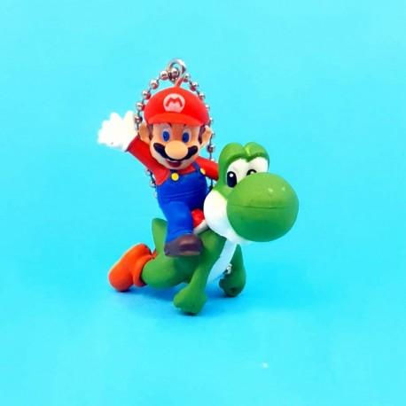 Nintendo Super Mario Bros. Yoshi and Mario second hand keychain (Loose)