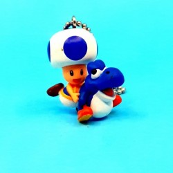 Nintendo Super Mario Bros. Yoshi and Toad second hand keychain (Loose)