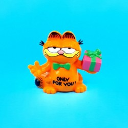 Garfield the cat with Gift second hand Figure (Loose)