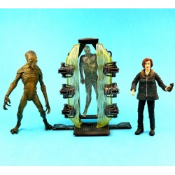 X-files Agent Dana Scully & Alien Cryopod Chamber second hand figures (Loose)