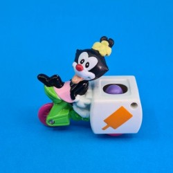 Animaniacs - Dot on Ice Cream Wagon second hand figure (Loose)