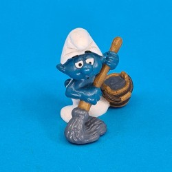 The Smurfs- Smurf Cleaning second hand Figure (Loose)