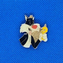 Looney Tunes Tweety and Sylvester second hand Pin (Loose)